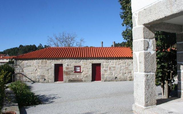 Отель Cazal Da Lamella вид на фасад