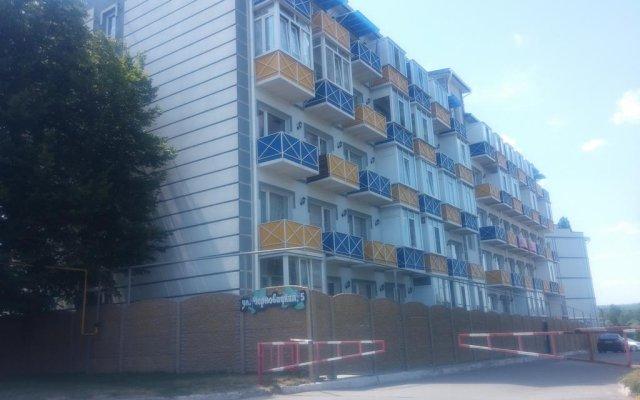 Гостиница Sparrow Hills вид на фасад