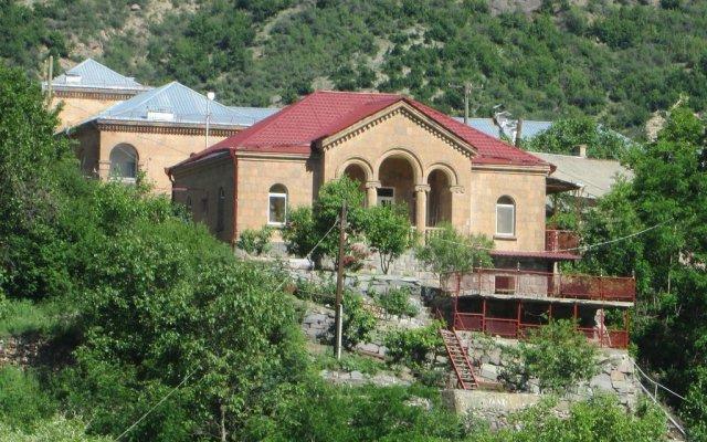 Отель Guest House Artemi вид на фасад