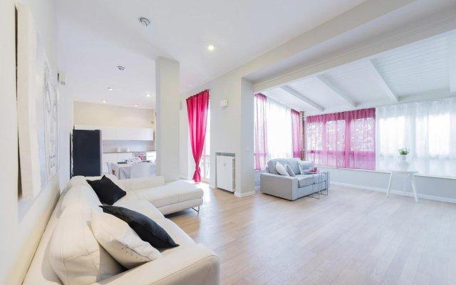 Апартаменты Be Apartments Donatello Милан комната для гостей