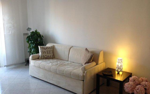 Отель Niguarda Bicocca Flat Италия, Милан - отзывы, цены и фото номеров - забронировать отель Niguarda Bicocca Flat онлайн комната для гостей