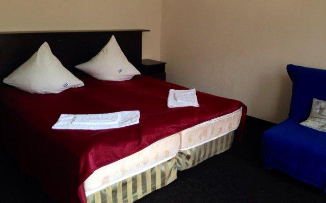 Hotel Dombay комната для гостей