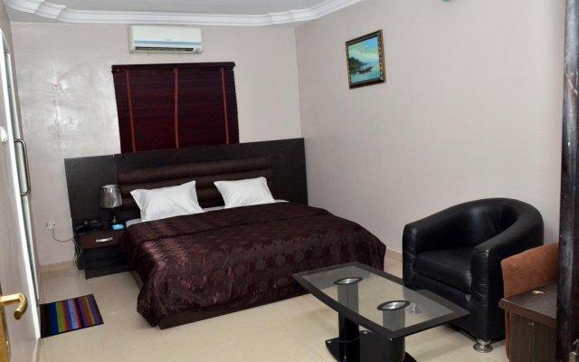 Отель Fortees Suite комната для гостей