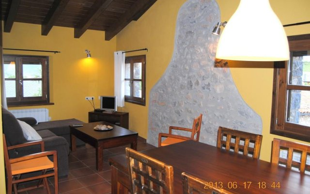 Отель Cal Cateri Бельвер-де-Серданья комната для гостей