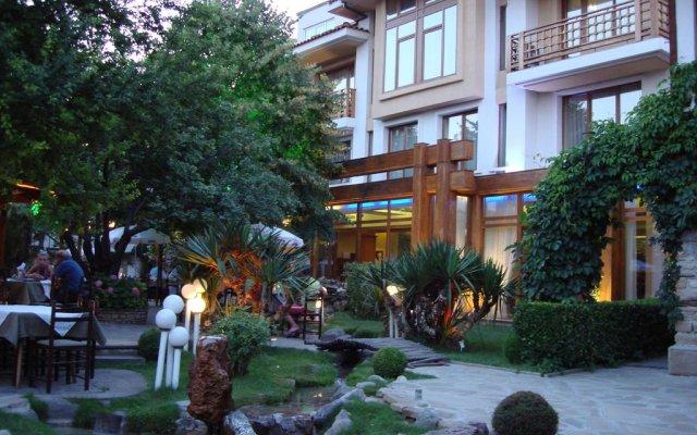 Отель Bozukova House вид на фасад