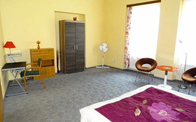 Апартаменты Apartments Betlemske Square Old Town комната для гостей