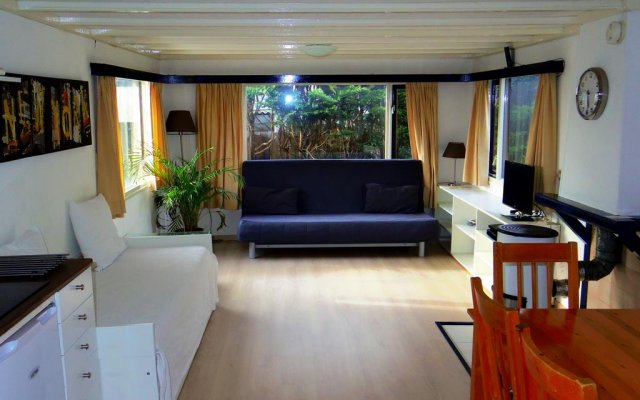 Отель Chalet Vinkeveen Нидерланды, Винкевеен - отзывы, цены и фото номеров - забронировать отель Chalet Vinkeveen онлайн комната для гостей