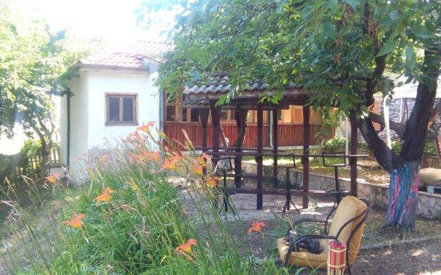 Guest House Vishneva Gradina