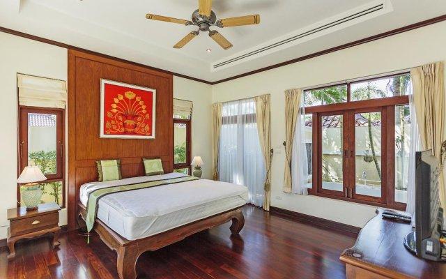 Отель Les Palmares Bangtao Villa комната для гостей