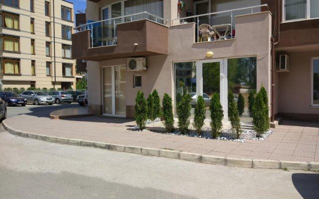 Отель Studio Stella Polaris Болгария, Солнечный берег - отзывы, цены и фото номеров - забронировать отель Studio Stella Polaris онлайн вид на фасад