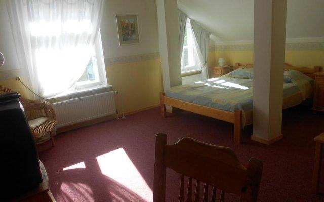 Отель Poska Villa Guesthouse Эстония, Таллин - отзывы, цены и фото номеров - забронировать отель Poska Villa Guesthouse онлайн комната для гостей