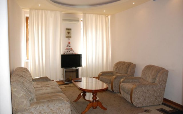 Апартаменты Lux Central Apartments комната для гостей