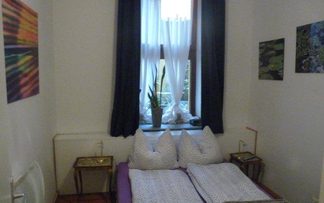 Отель Südstadt-appartement Köln Кёльн комната для гостей