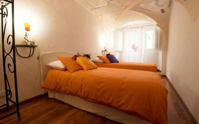 Отель Relais Divo Laurentio al Duomo Генуя комната для гостей