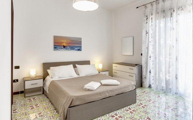 Отель Seafront Villas Италия, Сиракуза - отзывы, цены и фото номеров - забронировать отель Seafront Villas онлайн комната для гостей