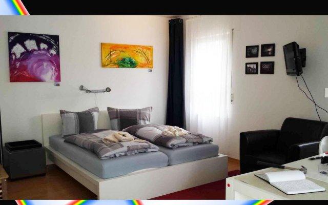 Отель FeWo II - VI Altstadt - Am grossen Garten Германия, Дрезден - отзывы, цены и фото номеров - забронировать отель FeWo II - VI Altstadt - Am grossen Garten онлайн комната для гостей