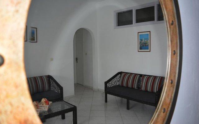 Отель Sunrise Studios комната для гостей