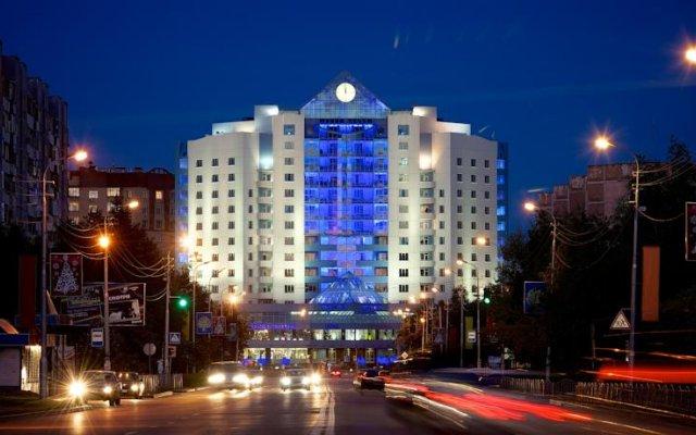 Гостиница Центр вид на фасад