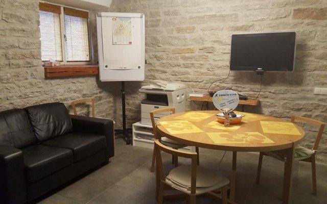 Отель Quiet stay in Tallinn комната для гостей