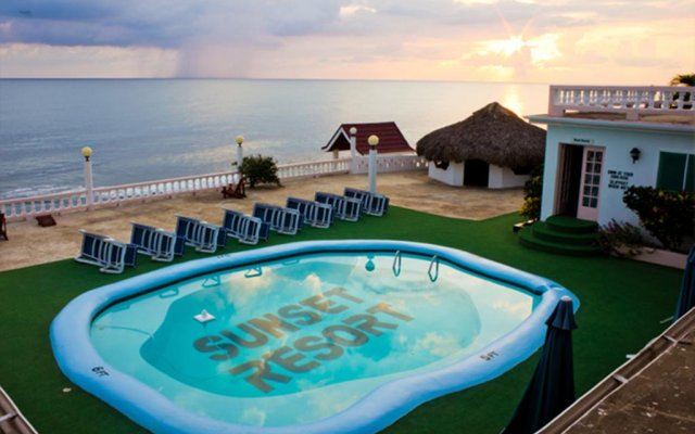 Sunset Resort Villas In Treasure Beach Jamaica From 140
