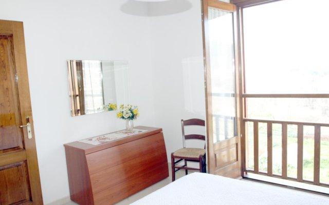 Отель Da Zia Adele Аджерола комната для гостей
