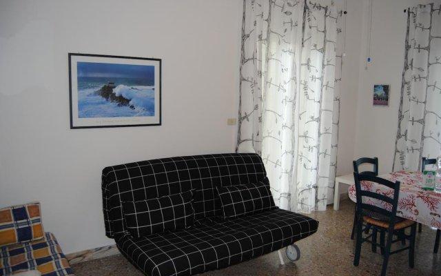 Отель Casa Vacanze Mare Nostrum Италия, Лидо-ди-Остия - отзывы, цены и фото номеров - забронировать отель Casa Vacanze Mare Nostrum онлайн комната для гостей
