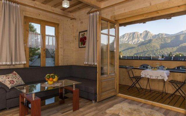 Отель udanypobyt Dom Bright House Косцелиско комната для гостей