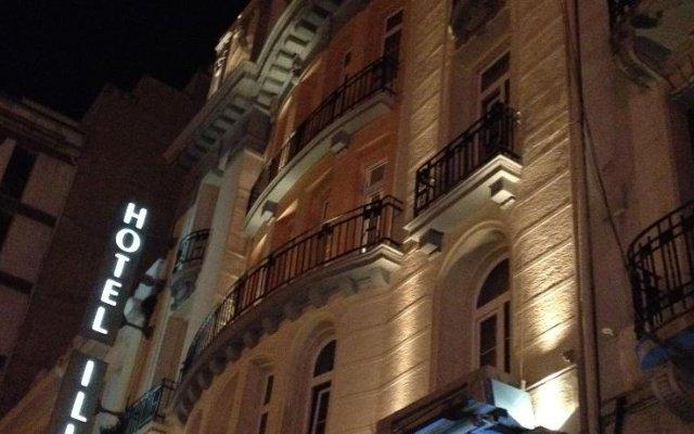 Hotel Ilisia вид на фасад