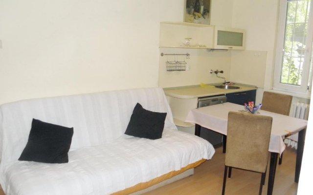 Отель Sofia Central комната для гостей