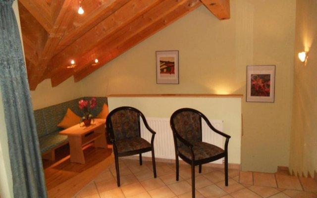 Отель Appartement beim Brunnen 12 Австрия, Хохгургль - отзывы, цены и фото номеров - забронировать отель Appartement beim Brunnen 12 онлайн комната для гостей