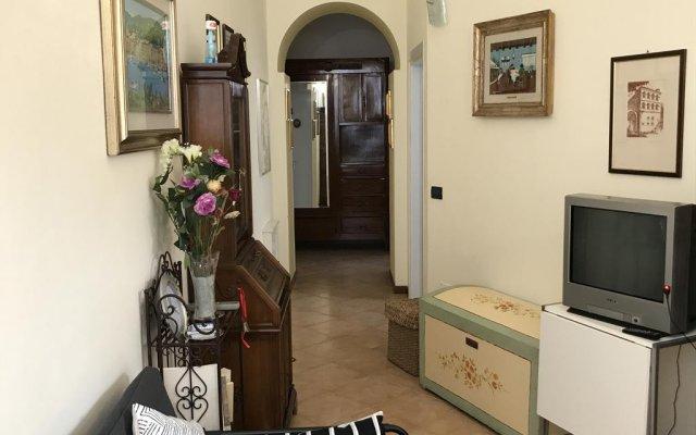 Отель Appartamento Simona Сполето комната для гостей