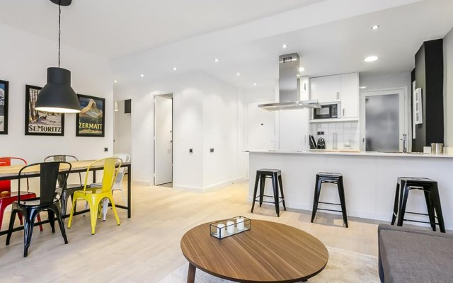 Апартаменты Homenfun Plaza España Apartment Барселона комната для гостей