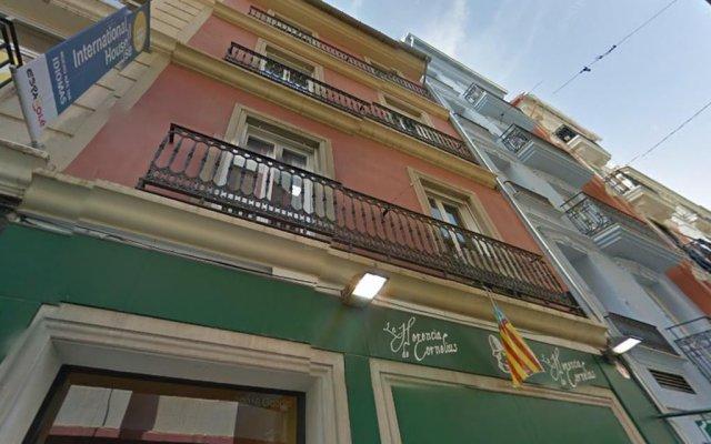 Отель Flats Friends Nave Испания, Валенсия - отзывы, цены и фото номеров - забронировать отель Flats Friends Nave онлайн вид на фасад