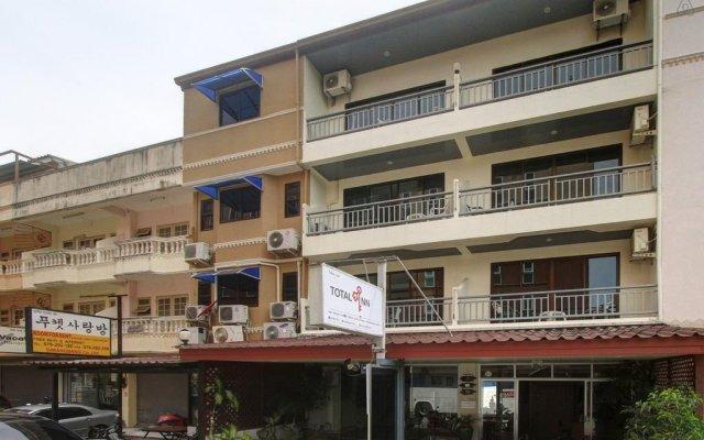 Отель Total-Inn вид на фасад
