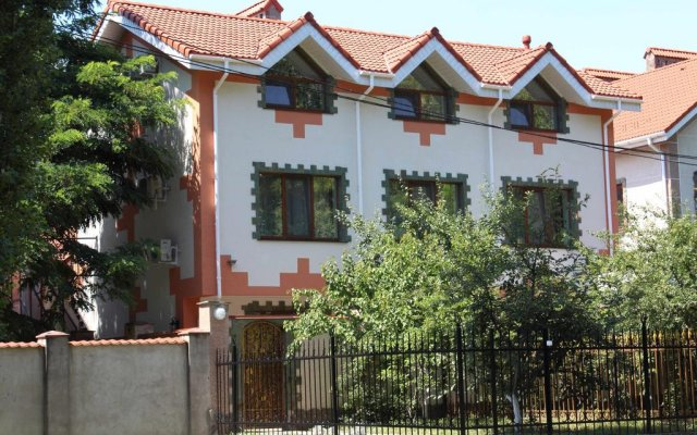 Гостиница Monrealy вид на фасад