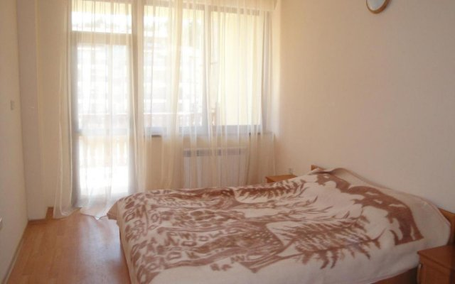 Апартаменты Eliza Apartment Sequoia Боровец комната для гостей