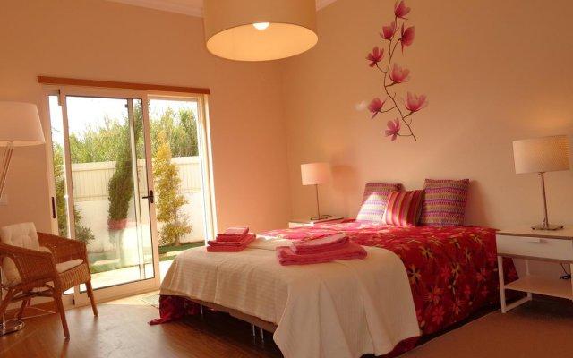 Отель V4 Sunshine комната для гостей