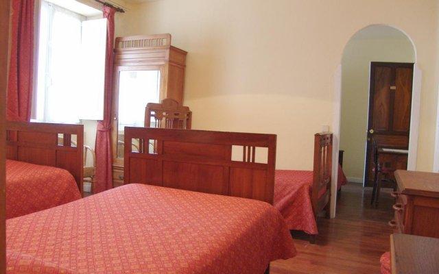 Отель Hostal Ayestaran I комната для гостей