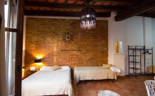 Отель Royal Apartbeds комната для гостей