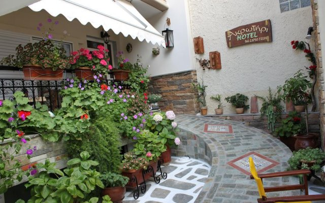 Akrotiri Hotel вид на фасад