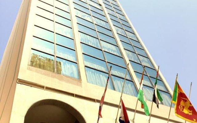 Отель Everest International Hotel ОАЭ, Дубай - 1 отзыв об отеле, цены и фото номеров - забронировать отель Everest International Hotel онлайн вид на фасад