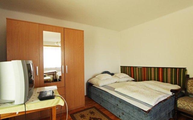 Отель Miskolctapolca Apartman Венгрия, Силвашварад - отзывы, цены и фото номеров - забронировать отель Miskolctapolca Apartman онлайн комната для гостей