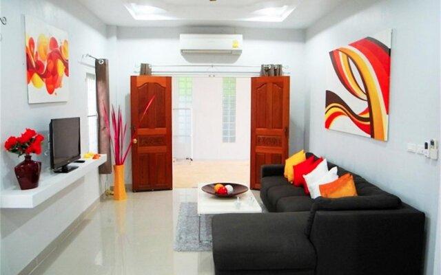 Отель Green Leaf Nai Harn 3 bedrooms Villa комната для гостей