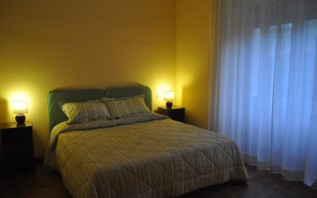 Отель EasyRome комната для гостей