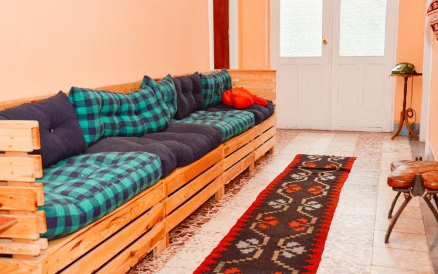 Milingona City Center Hostel комната для гостей