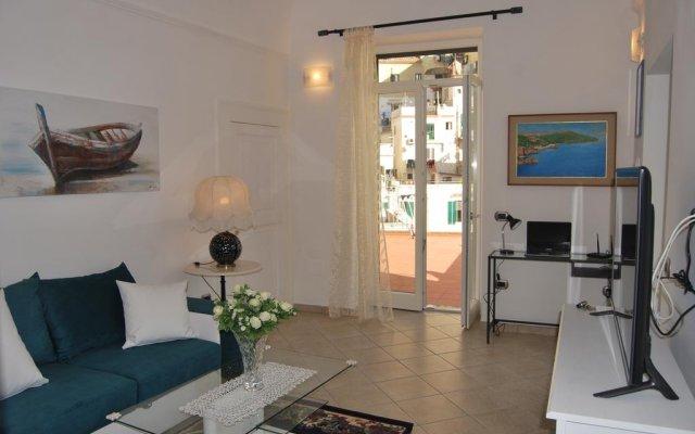 Отель Casa Ester Атрани комната для гостей