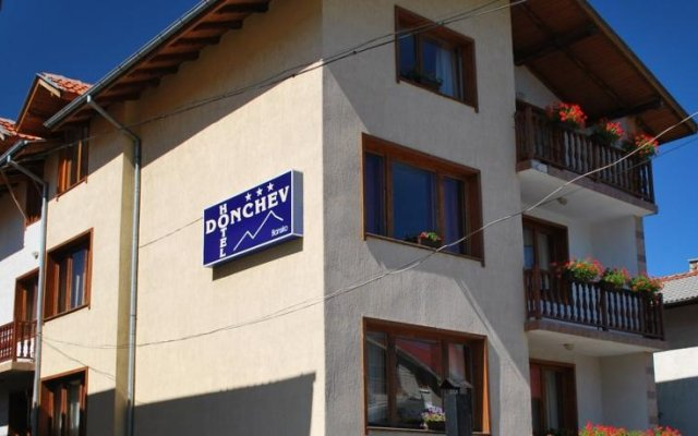 Donchev Hotel вид на фасад