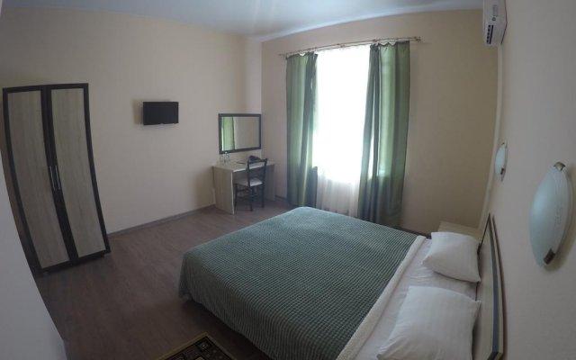 Гостиница Алпемо комната для гостей