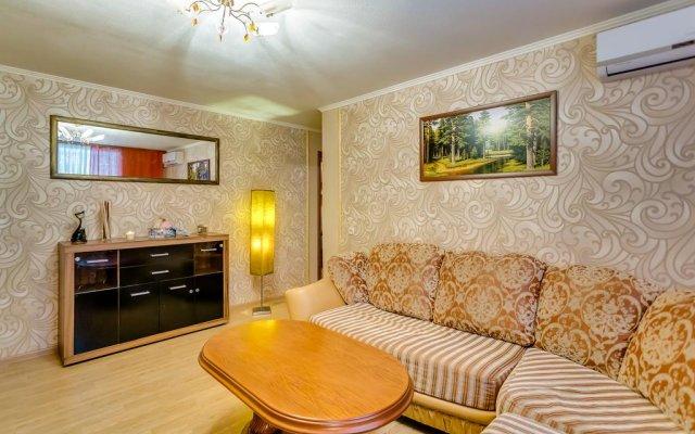 Гостиница Apartamenty Sputnik Gagarina 6/87 комната для гостей