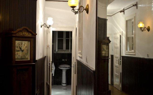 Отель Nikola's Guesthouse Нови Сад комната для гостей
